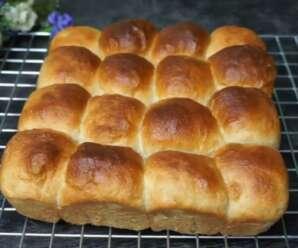 ขนมปังกล้วยน้ำว้า ขนมปังเนื้อนุ่ม รับประทานกับนมข้น หรือกาแฟก็เข้ากัน